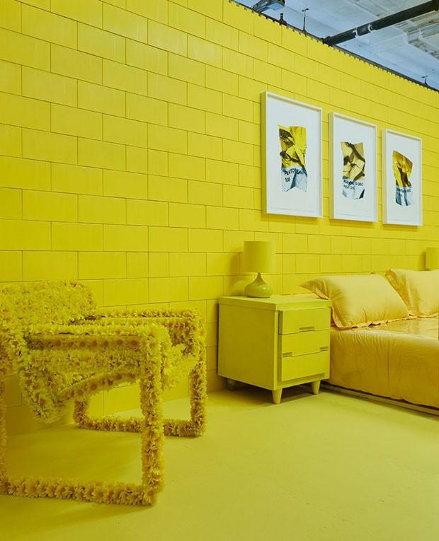 Artista cria casa com sete ambientes monocromáticos (Foto: Divulgação)