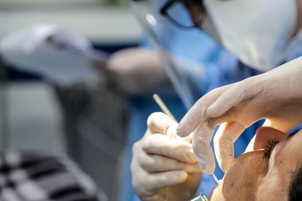 Dentistas evitam agravamento da COVID-19 em UTIs de Maringá