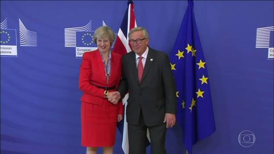 Reino Unido vai manter calendário para iniciar separação da UE