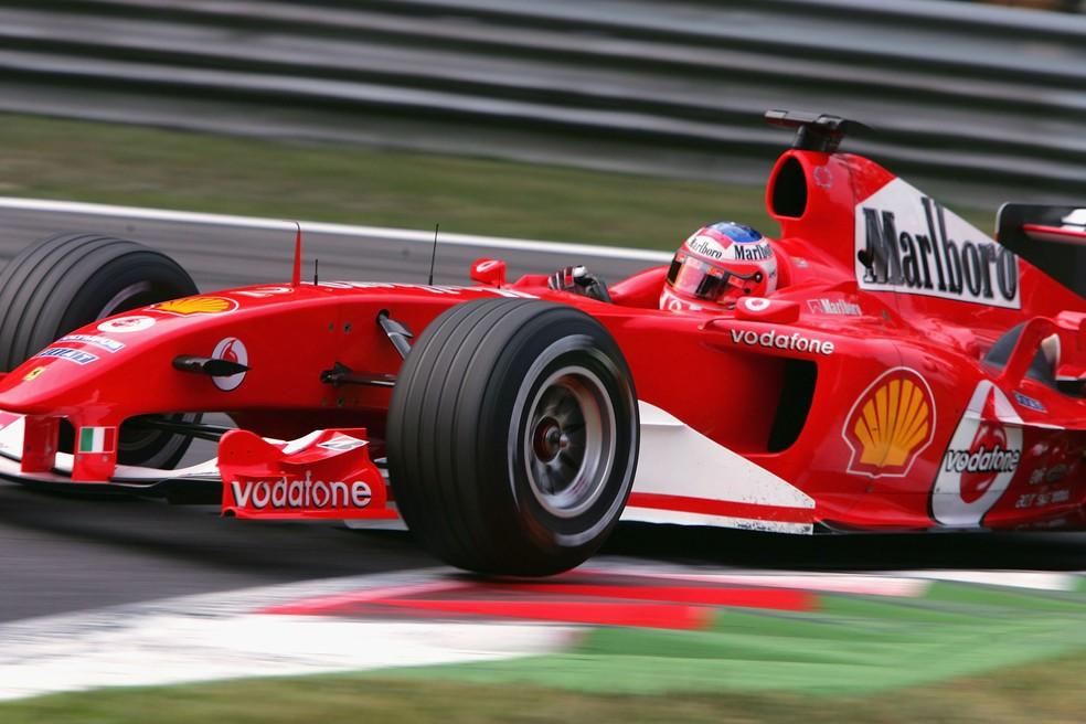 Rubens Barrichello é o 11º piloto mais rápido da F1, segundo estudo — Foto: Getty Images