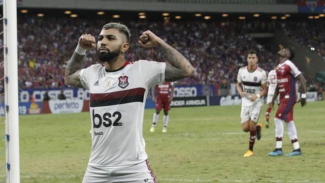 Teve gol do Gabigol em Fortaleza