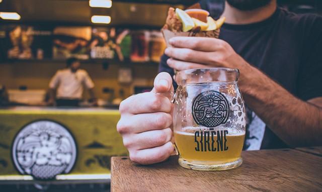 O restaurante curitibano Sirène decidiu apostar em um tradicional prato inglês, o fish and chips. Resultado:  R$ 3 milhões de faturamento e uma rede de franquias (Foto: Divulgação)