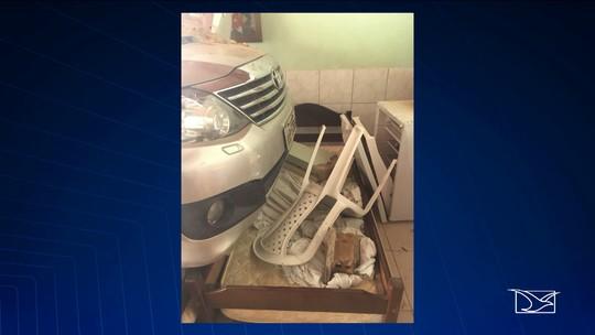 Homem perde controle do carro ao manobrar próximo de hotel no Maranhão