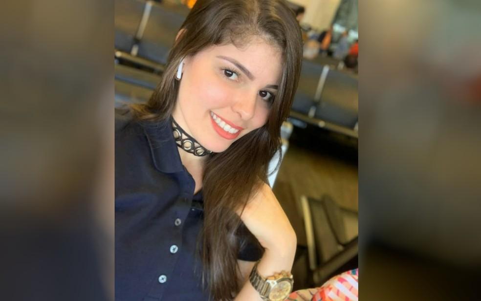 Goiana Lídia Lúcia, de 28 anos, é encontrada morta no apartamento do ex-namorado nos EUA — Foto: Leidianne Ferreira/Arquivo Pessoal