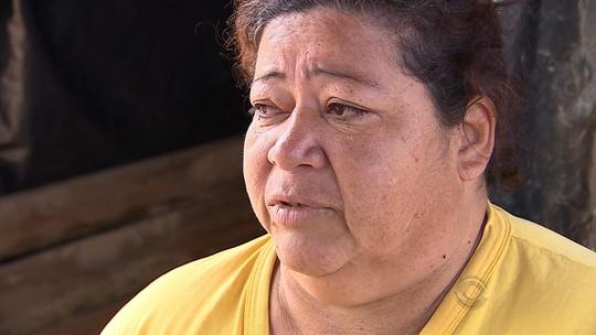 Ilhas de Porto Alegre voltam a alagar e famílias têm de improvisar abrigos