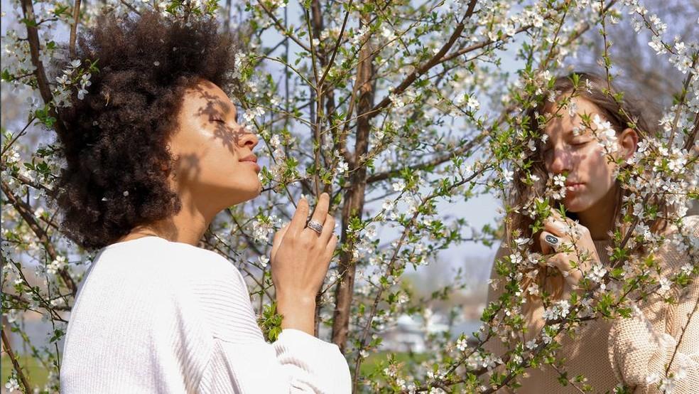 A perda olfativa também é um sintoma comum de doenças neurodegenerativas — Foto: GETTY IMAGES por BBC