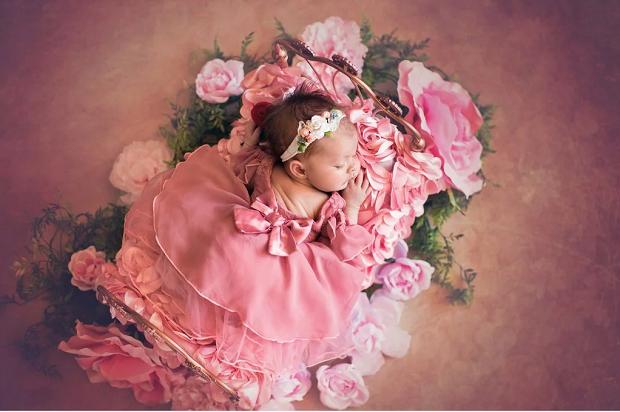 Aurora, de a Bela Adormecida, recém-nascida (Foto: Karen Marie)