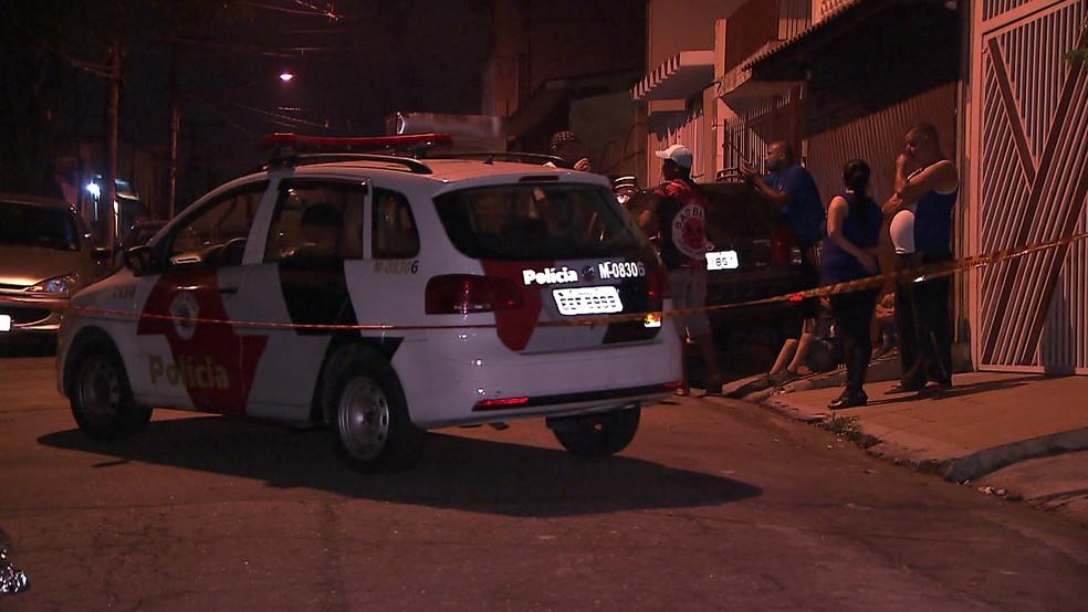 Ex-PM matou ex-sogro e a filha da mulher em frente à casa onde as vítimas moravam (Foto: TV Globo/Reprodução)
