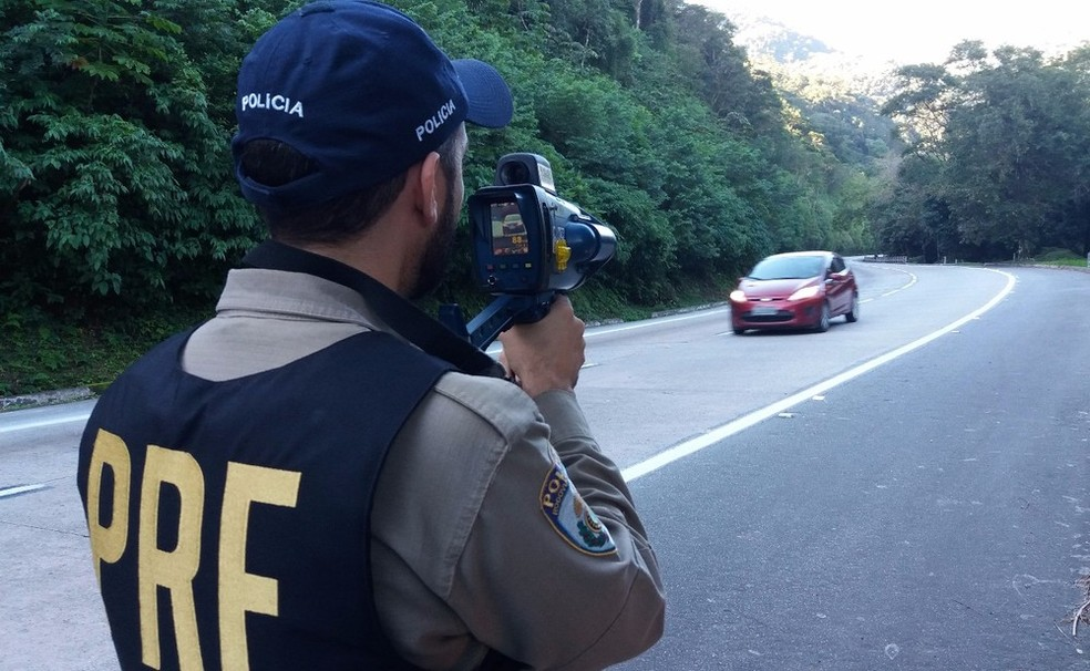 Radares móveis estão suspensos em vias federais do Rio — Foto: Divulgação/PRF