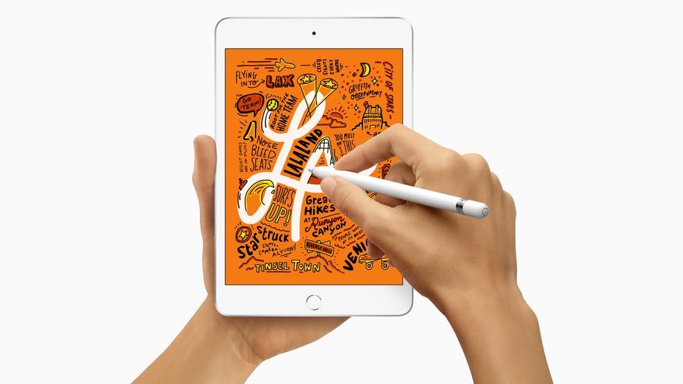 Apple Pencil também passa a ser compatível com o iPad Mini — Foto: Divulgação/Apple