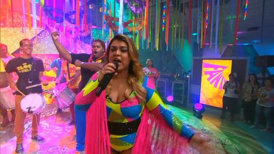 Bloco da Preta anima palco do Fantástico com sucessos do Carnaval