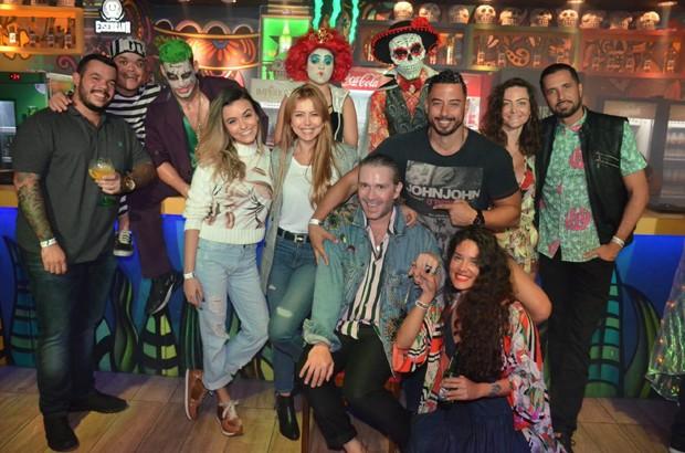 Famosos no aniversário do stylist André de Moraes (Foto: Douglas Lima/ Grupo Oliver)