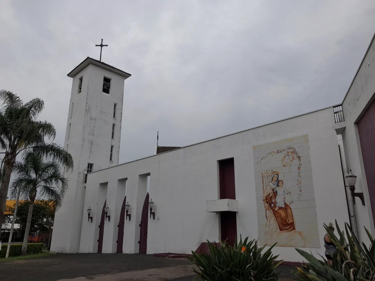 Sinos das igrejas católicas de Curitiba tocam juntos para celebrar os 327 anos da cidade