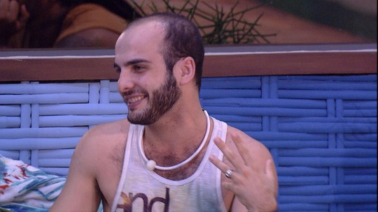 Mahmoud confessa: 'Eu achava que ia arrumar alguém aqui, mas só arrumei voto'