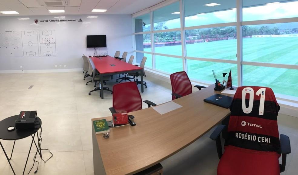 A sala do técnico Rogério Ceni no Ninho — Foto: Twitter Flamengo