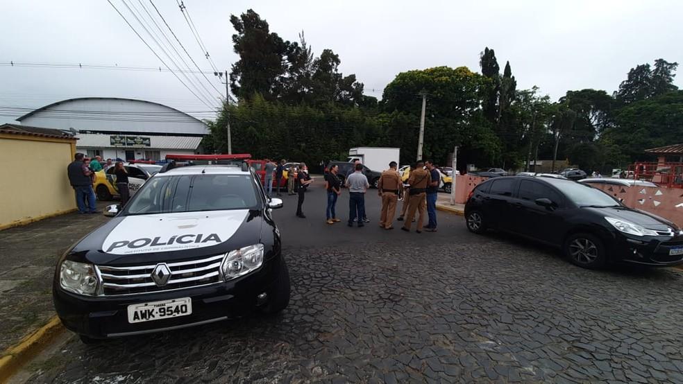 Situação foi registrada no início da tarde desta quarta-feira (4) — Foto: Bruna Bronoski/RPC Ponta Grossa