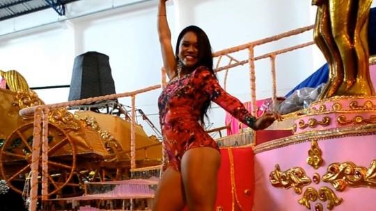 'Foi o título mais difícil da carreira', diz dançarina do AP eleita rainha de bateria na Alemanha