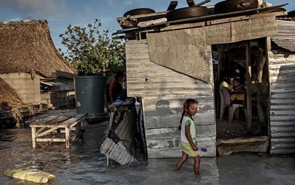 Estudos garantem que as mudanças climáticas vão criar, na próxima década, a maior crise de refugiados que o mundo já viu — Foto: Getty Images/BBC
