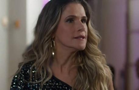 Silvana (Ingrid Guimarães) vai conviver em harmonia com Mario e Nana. Numa das cenas, ela aparecerá com seus gêmeos ao lado do casal e do pequeno Alberto TV Globo