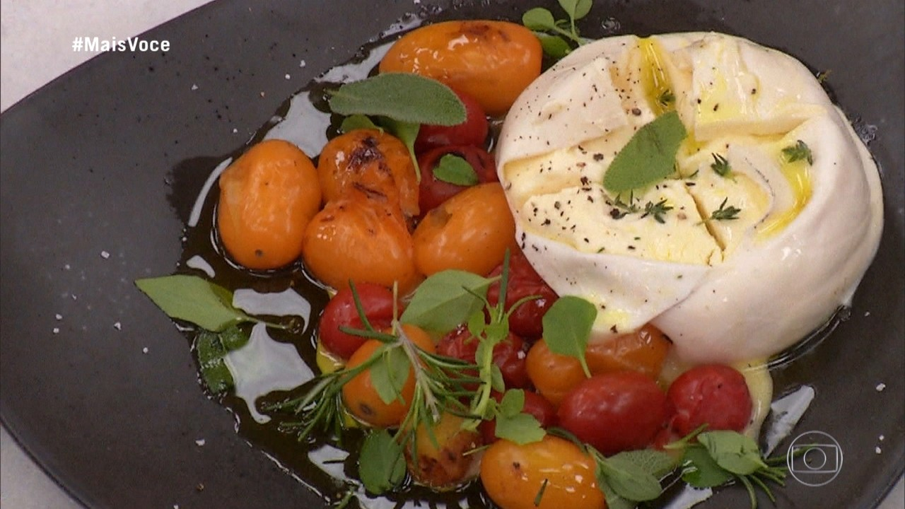 Burrata Defumada com Tomates Coloridos