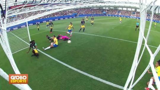 Seleção feminina estreia com vitória na Copa do Mundo