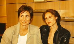 'Torre de Babel' está completando 20 anos de exibição. Silvia Pfeifer fazia par com Christiane Torloni. Devido à rejeição do público, as personagens morreram. 'Eram bem resolvidas e femininas. Os preconceituosos tiveram dificuldade de aceitar', diz Silvia | Reprodução