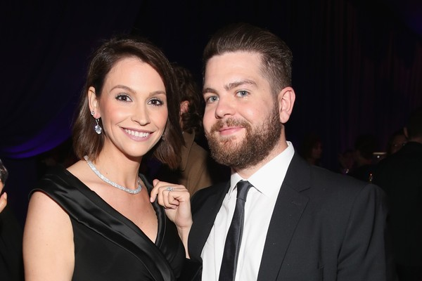 O apresentador de TV Jack Osbourne, filho de Ozzy Osbourne, com sua ex-esposa (Foto: Getty Images)