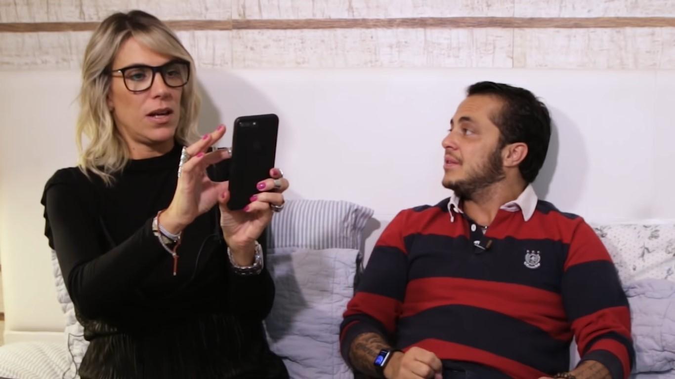 """Thammy e Ciça em vídeo do canal """"Desenrolados"""" (Foto: Divulgação)"""