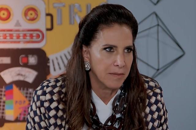 'Verão 90': Totia Meireles é Mercedes (Foto: TV Globo )