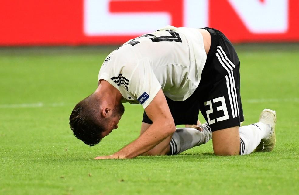 O atacante Mark Uth, da seleção da Alemanha, na derrota por 3 a 0 para a Holanda — Foto: Piroschka Van de Wouw/Reuters