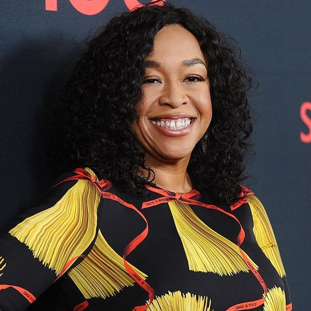 Shonda Rhimes produziu séries como Grey's Anatomy, Scandal, How to Get Away With Murder e Private Practice (Foto: @shondarhimes/Reprodução Instagram)