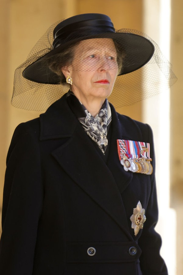 WINDSOR, ENGLAND - APRIL 17: Princess Anne, Princess Royal during the Ceremonial Procession   during the funeral of Prince Philip, Duke of Edinburgh at Windsor Castle on April 17, 2021 in Windsor, England. Prince Philip of Greece and Denmark was born 10 J (Foto: WPA Pool/Getty Images)