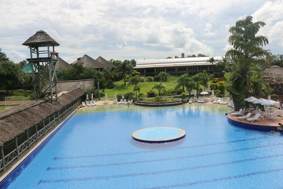 Piscina do hotel em Viamão — Foto: Tomás Hammes / GloboEsporte.com
