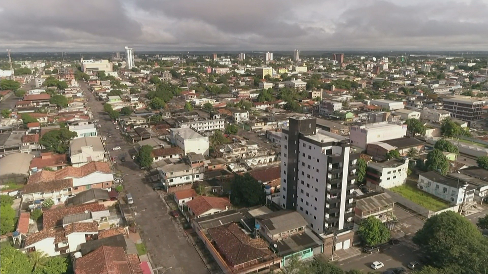 Governo e prefeitura de Macapá transferem feriado do Dia do Servidor para 1º de novembro
