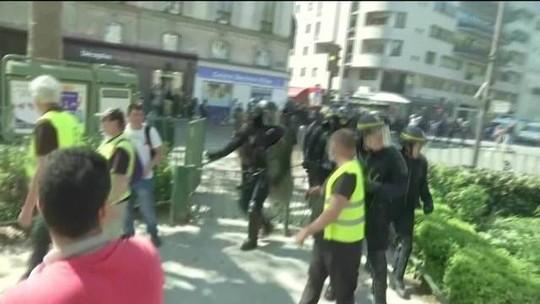 Prisões e correria marcam 23º sábado consecutivo de protestos dos coletes amarelos
