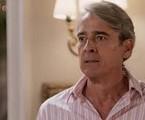 Na segunda-feira (1º), Quinzão (Alexandre Borges) descobrirá que Mercedes (Totia Meireles) retirou todos os investimentos do banco. | TV Globo