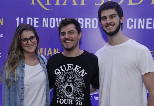 Thalita Martins, Hugo Bonemer e Vinícius Bonemer (Foto: Wallace Barbosa/AgNews)