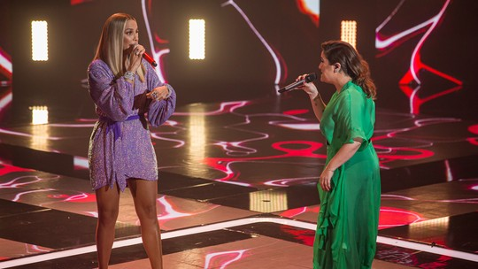 Ivete Sangalo recebe e canta com Maria Rita na Semifinal do 'The Voice Brasil'