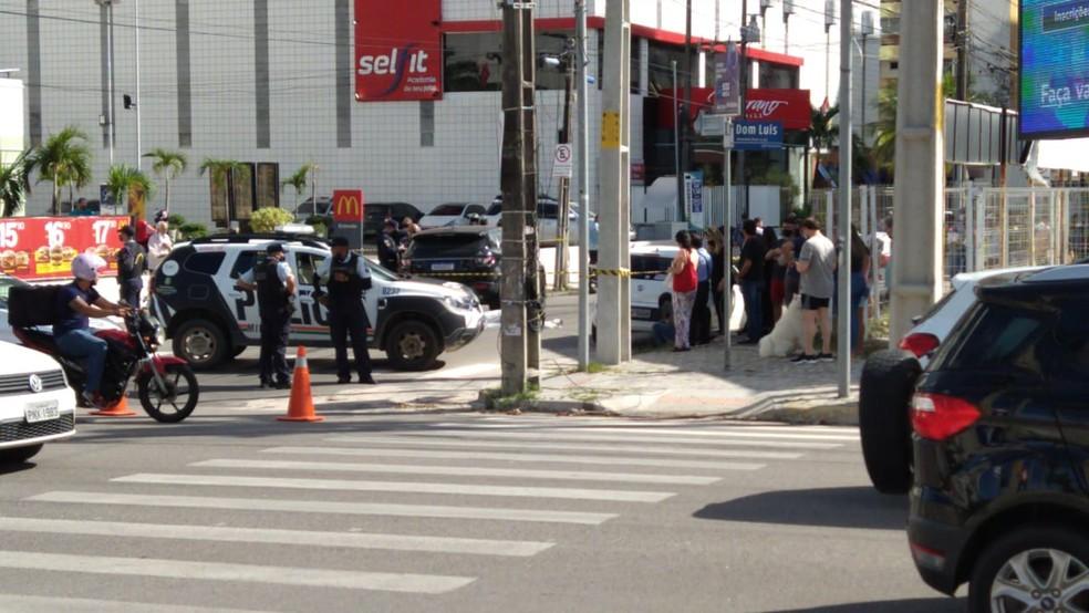Acidente ocorreu na tarde desta quinta-feira (20), no Bairro Meireles. — Foto: Paulo Sadat