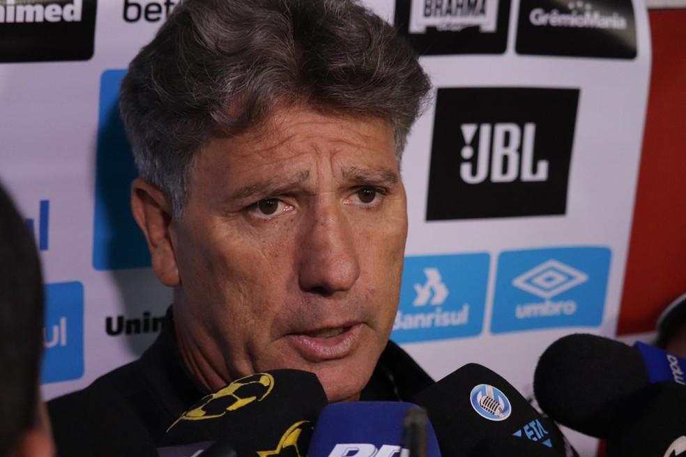 Renato Gaúcho após derrota do Grêmio — Foto: Lucas Bubols