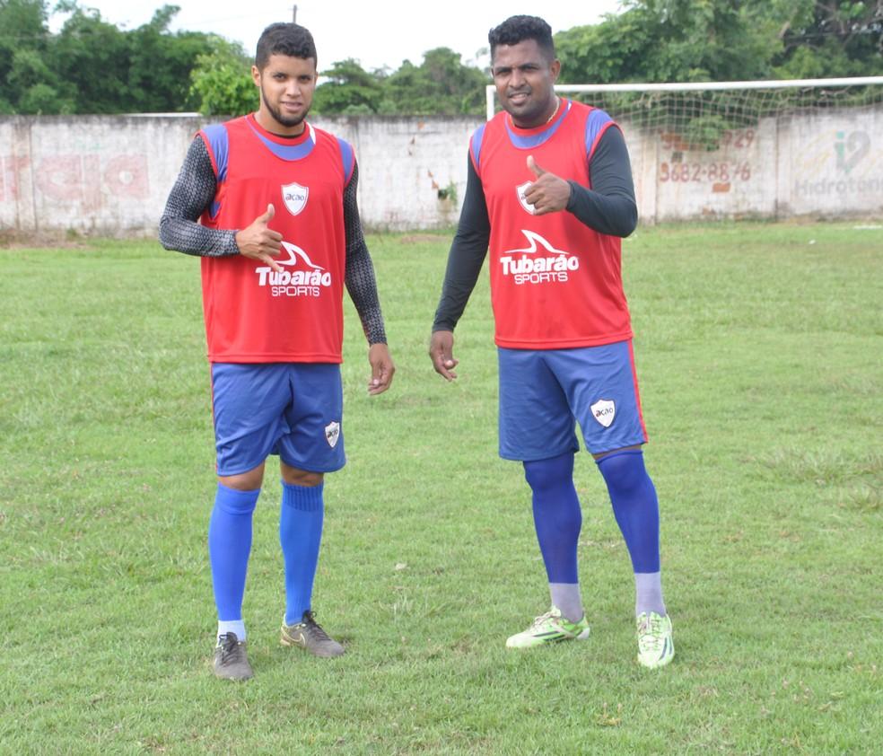 Odail Jr e Kall formam a dupla de zaga do Ação  (Foto: Derik Bueno/TVCA)