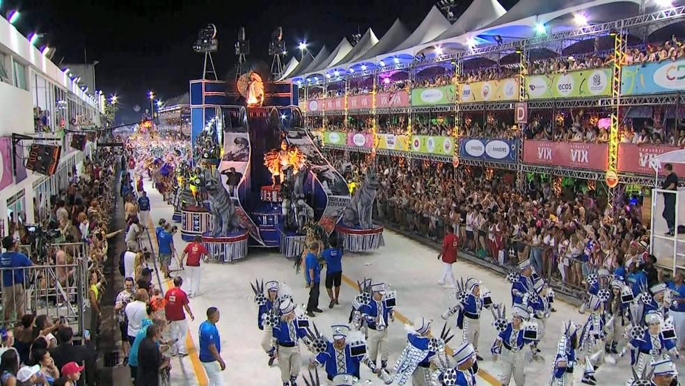 Carnaval de Vitória 2019: Boa Vista fez homenagem aos 90 anos da Polícia Rodoviária Federal — Foto: Reprodução/ TV Gazeta