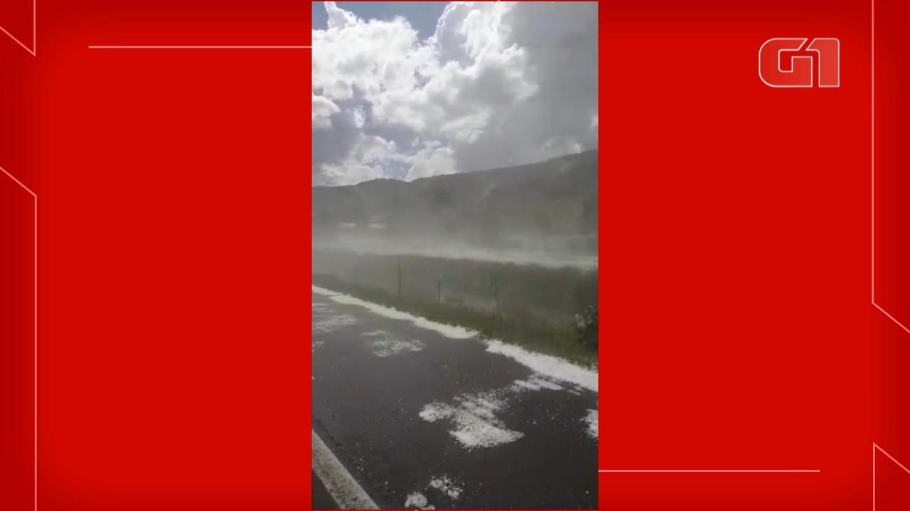 Vídeo mostra chuva com granizo em Bom Retiro
