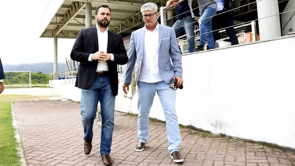 Mário Bittencourt e Odair Hellmann — Foto: Mailson Santana