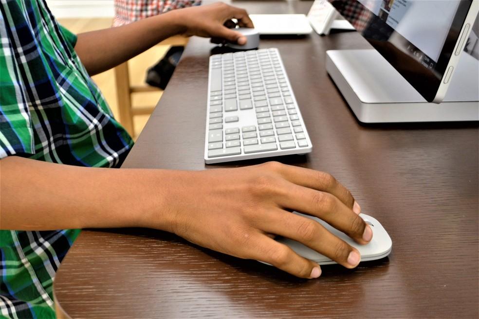 Acesso limitado à internet e falta de equipamentos dificultam ensino remoto no Brasil. — Foto: Reprodução/Pixabay