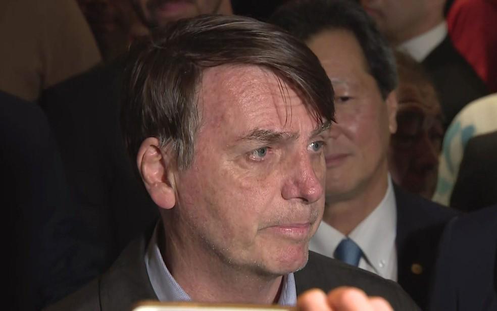 O presidente Jair Bolsonaro desembarca no Japão — Foto: Reprodução / TV Globo