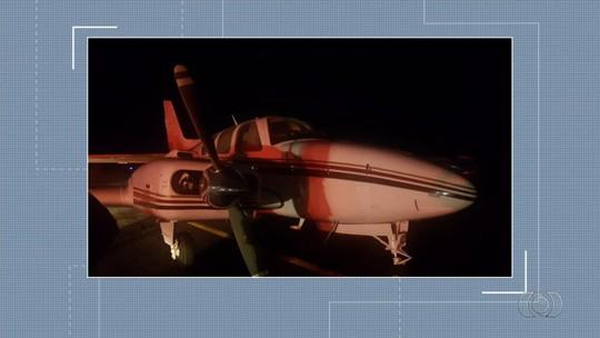 Avião com cerca de 500 kg de pasta base de cocaína é apreendido em operação policial em Goiás