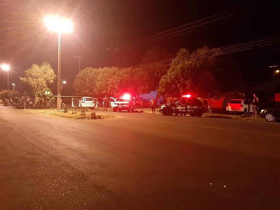 Policiais militares de Cajobi, Severínia e Olímpia (SP) e a Guarda Municipal trabalharam nas buscas dos suspeitos — Foto: Olímpia 24 Horas