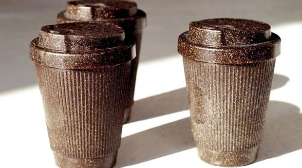 Copos da Kaffeform, feitos com borra de café (Foto: Divulgação)
