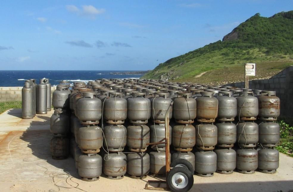 O gás está em falta na ilha  (Foto: Ana Clara Marinho/TV Globo )